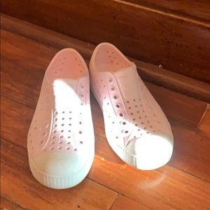 Native pink girls shoes
